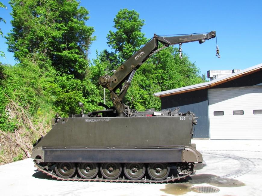 Spz 63 M-113 A1, Kran Pz 63 mit SE-235 m1, M+74656